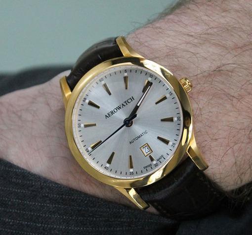Фото швейцарских часов Мужские швейцарские наручные часы Aerowatch Les Grandes Classiques 60947 RO02