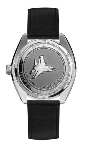Фото швейцарских часов Мужские швейцарские наручные часы Aviator MIG-25 FOXBAT M.1.10.0.060.7