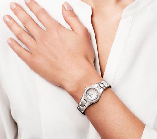 Фото швейцарских часов Женские швейцарские наручные часы Baume&Mercier Linea MOA10013
