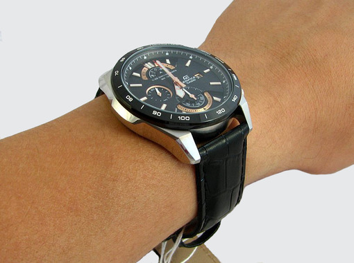 Фото японских часов Мужские японские наручные часы Casio Edifice  EFR-520L-1A