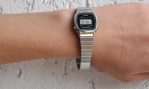 Фото японских часов Женские японские наручные часы Casio Standard Digital LA670WEA-7E