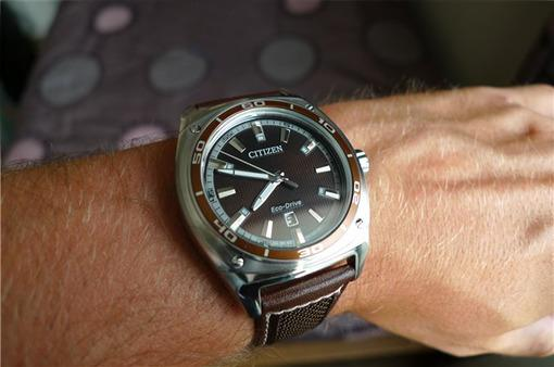 Фото японских часов Мужские японские наручные часы Citizen Eco-Drive AW1051-09W