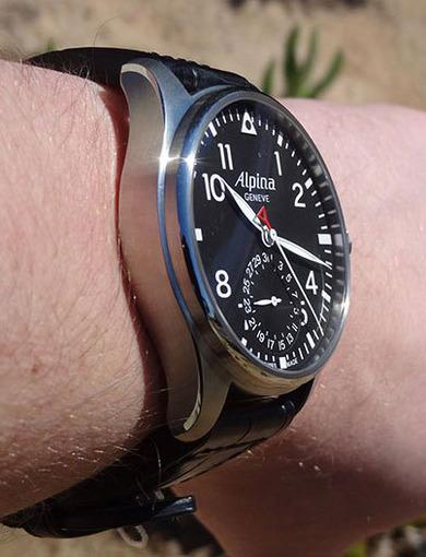 Швейцарские часы aviator 710